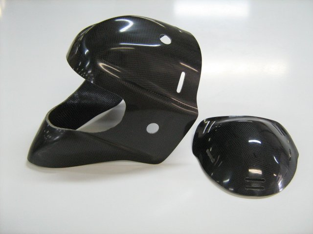 Epoxy resins, hardeners and gelcoats |